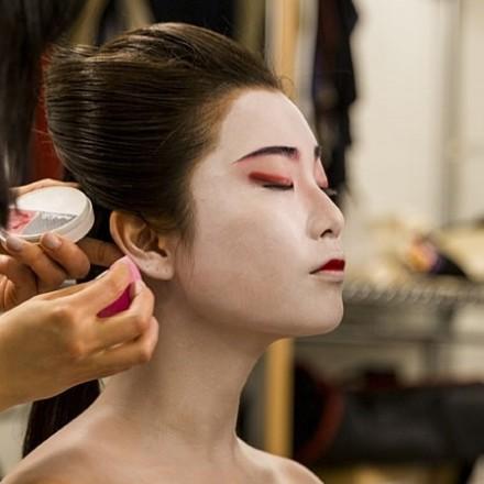Kabuki and Kabuki Inspired