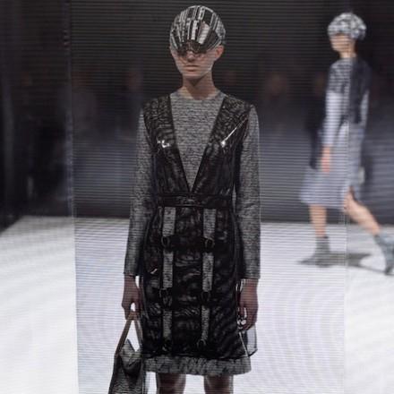 Paris Fashion Week FW16 – ANREALAGE