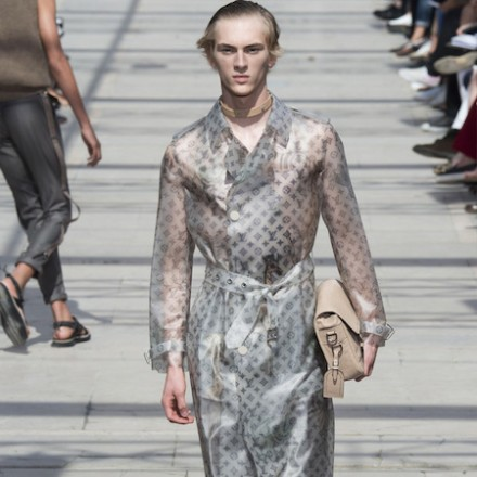 Paris Fashion Week: Men SS17 – Louis Vuitton